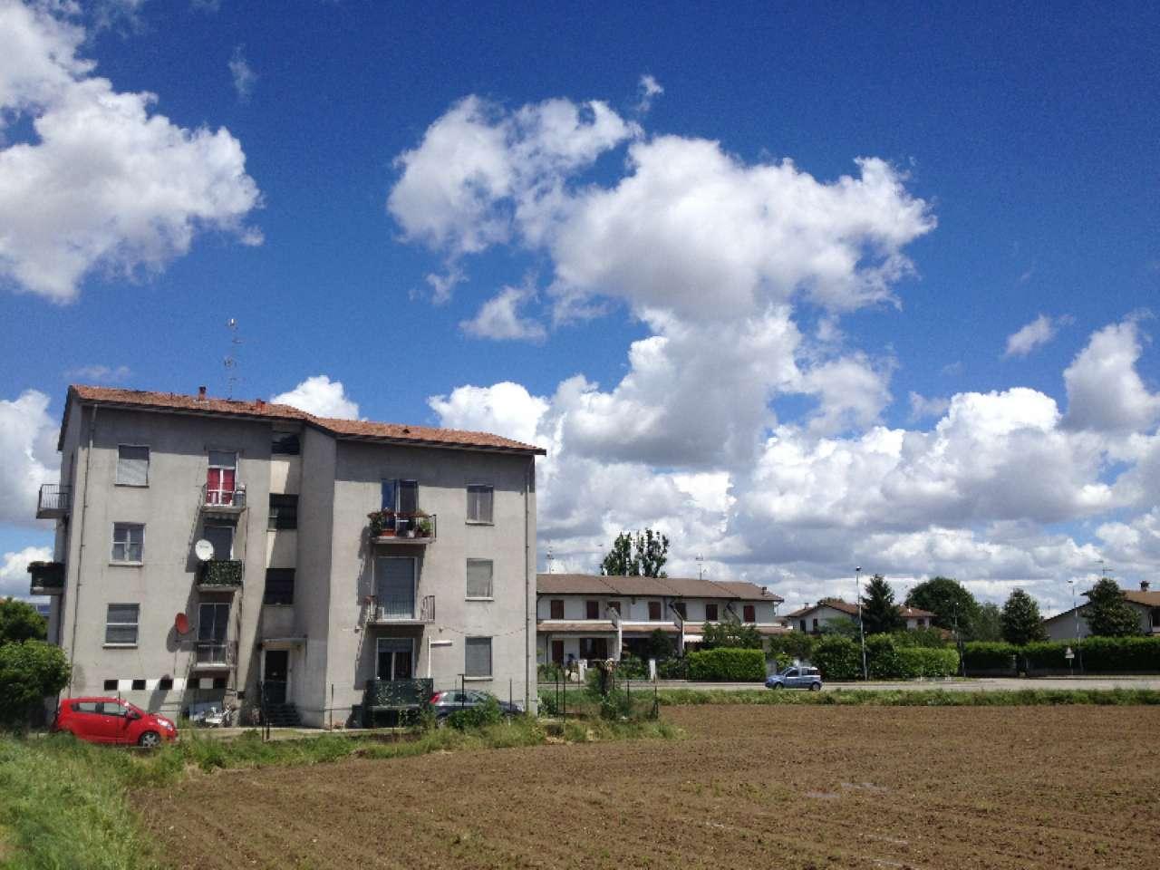 Appartamento in vendita a Bereguardo, 3 locali, prezzo € 63.000 | Cambio Casa.it