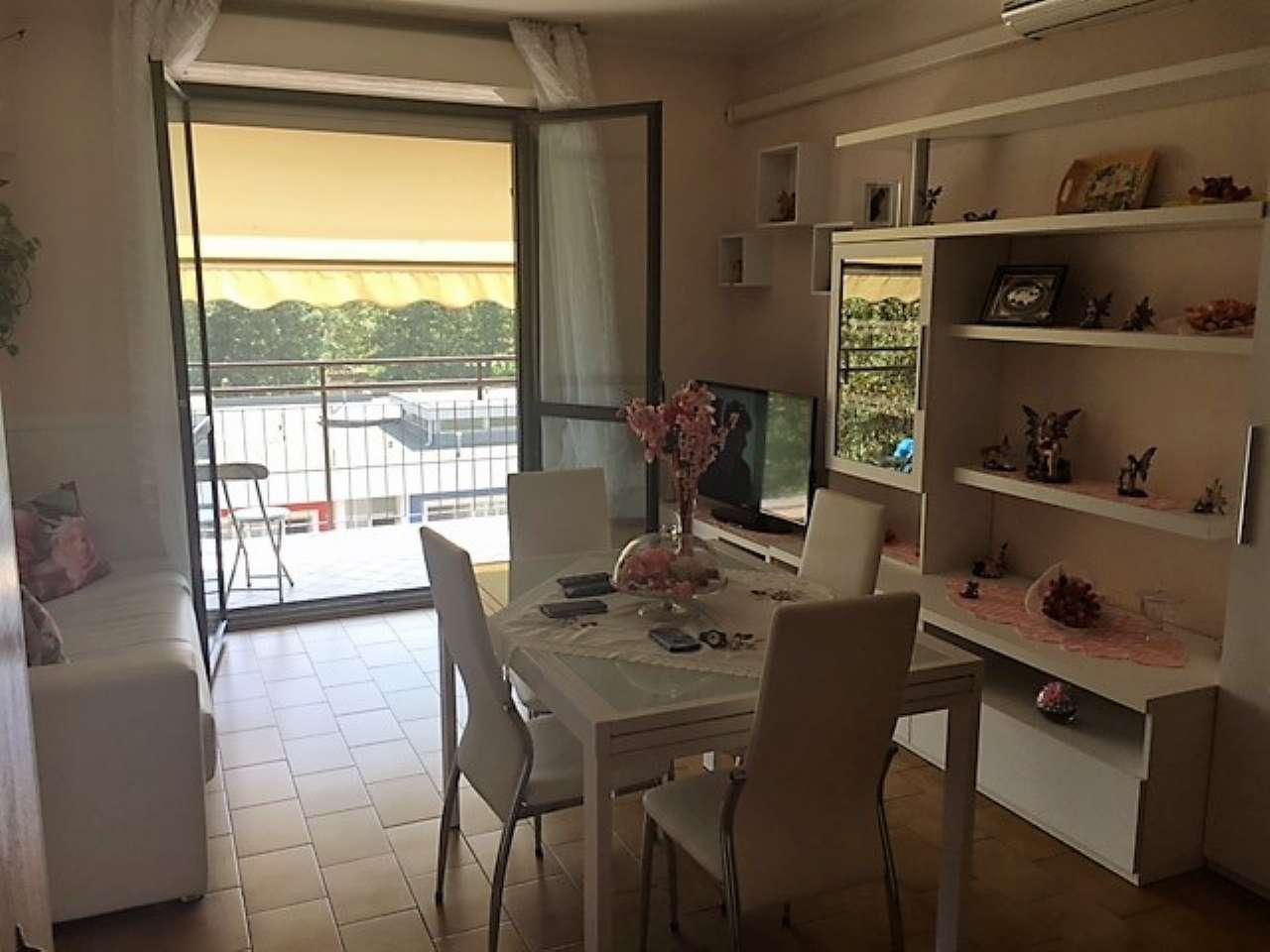 Appartamento in affitto a Cava Manara, 3 locali, prezzo € 400 | CambioCasa.it