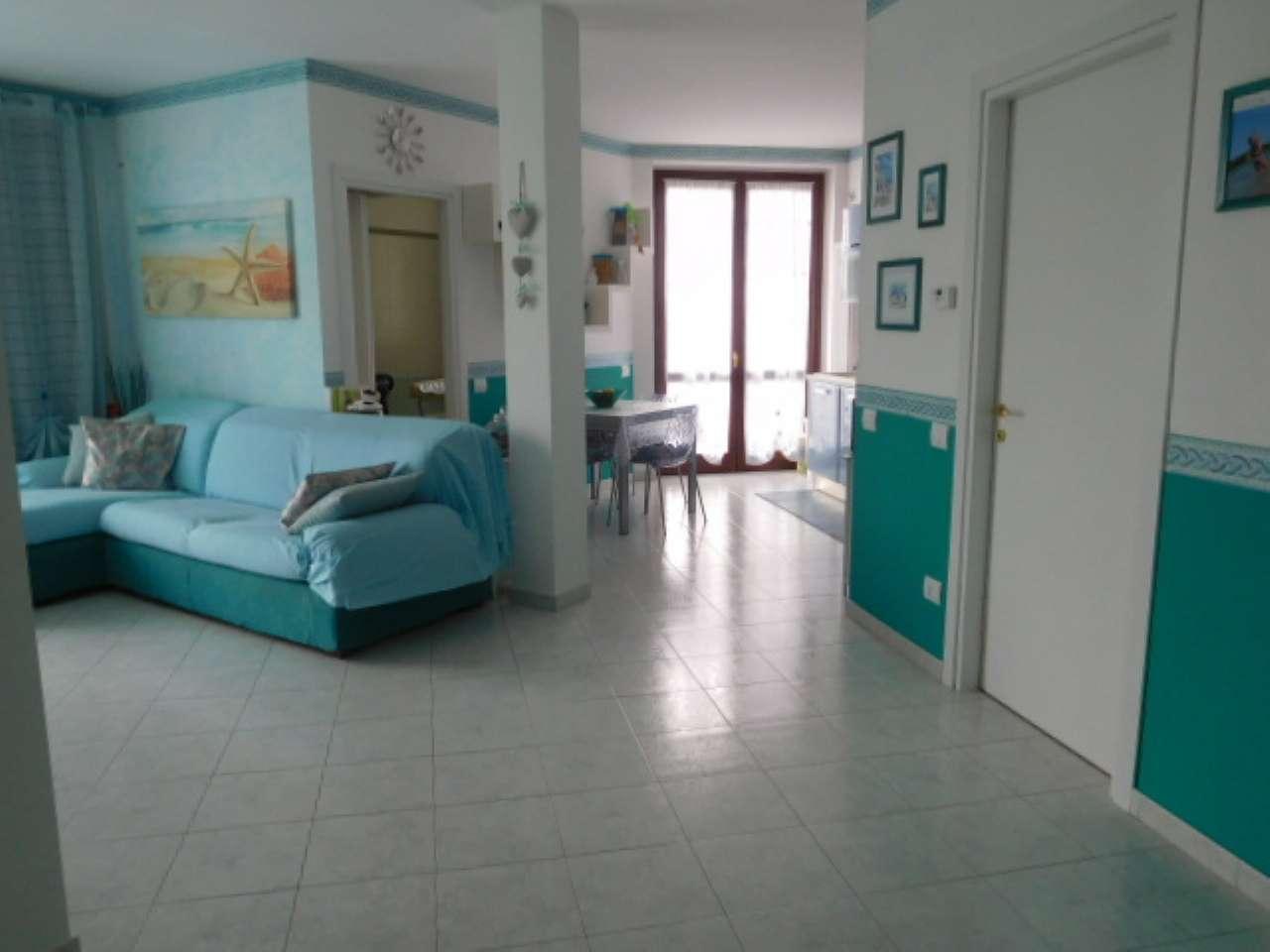 Appartamento in vendita a Certosa di Pavia, 2 locali, prezzo € 115.000 | CambioCasa.it