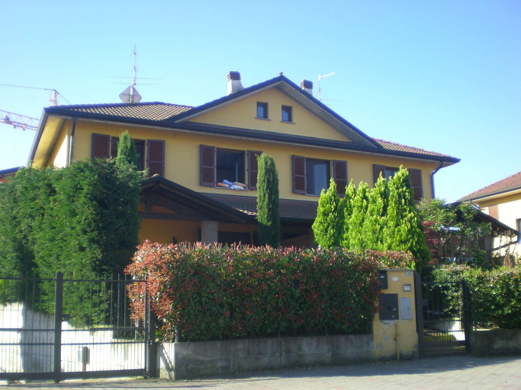 Villa Bifamiliare in vendita a Boffalora d'Adda, 7 locali, prezzo € 268.000 | Cambio Casa.it
