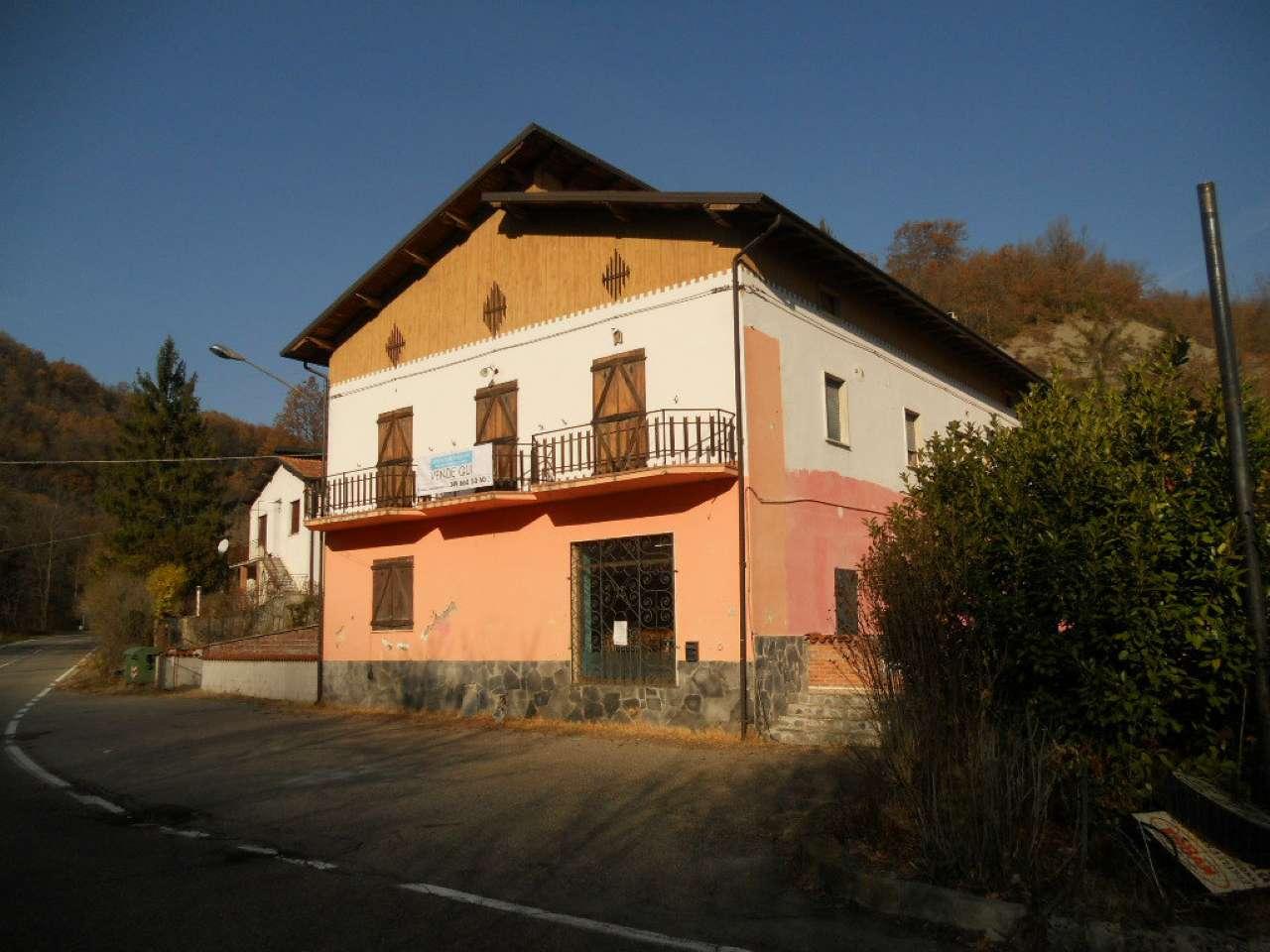 Negozio / Locale in vendita a Caminata, 9999 locali, prezzo € 135.000 | CambioCasa.it