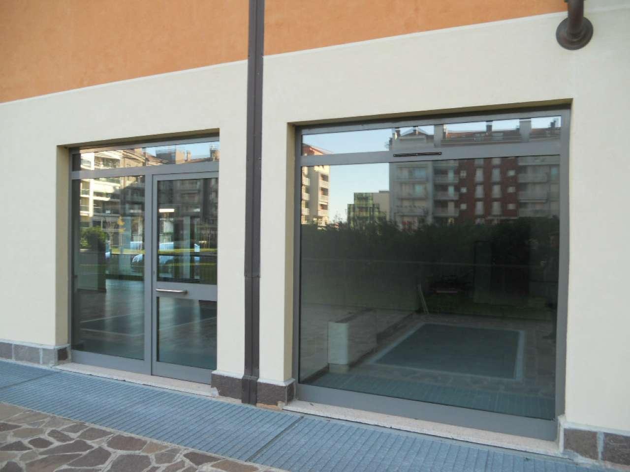 Ufficio / Studio in affitto a Lodi, 9999 locali, prezzo € 1.100 | CambioCasa.it