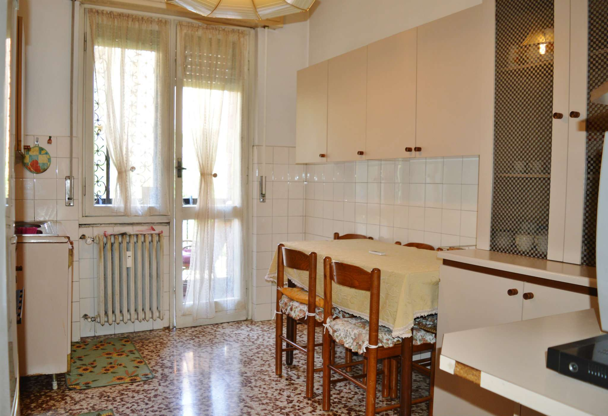 Appartamento in vendita a Pero, 3 locali, prezzo € 155.000 | CambioCasa.it
