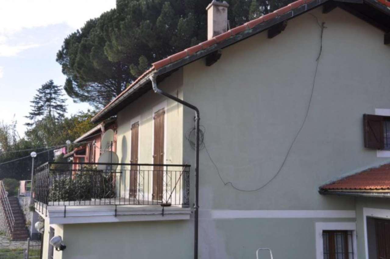 Villa in vendita a Genova, 10 locali, zona Zona: 6 . Bolzaneto, Valpolcevera, Rivarolo, prezzo € 280.000   CambioCasa.it