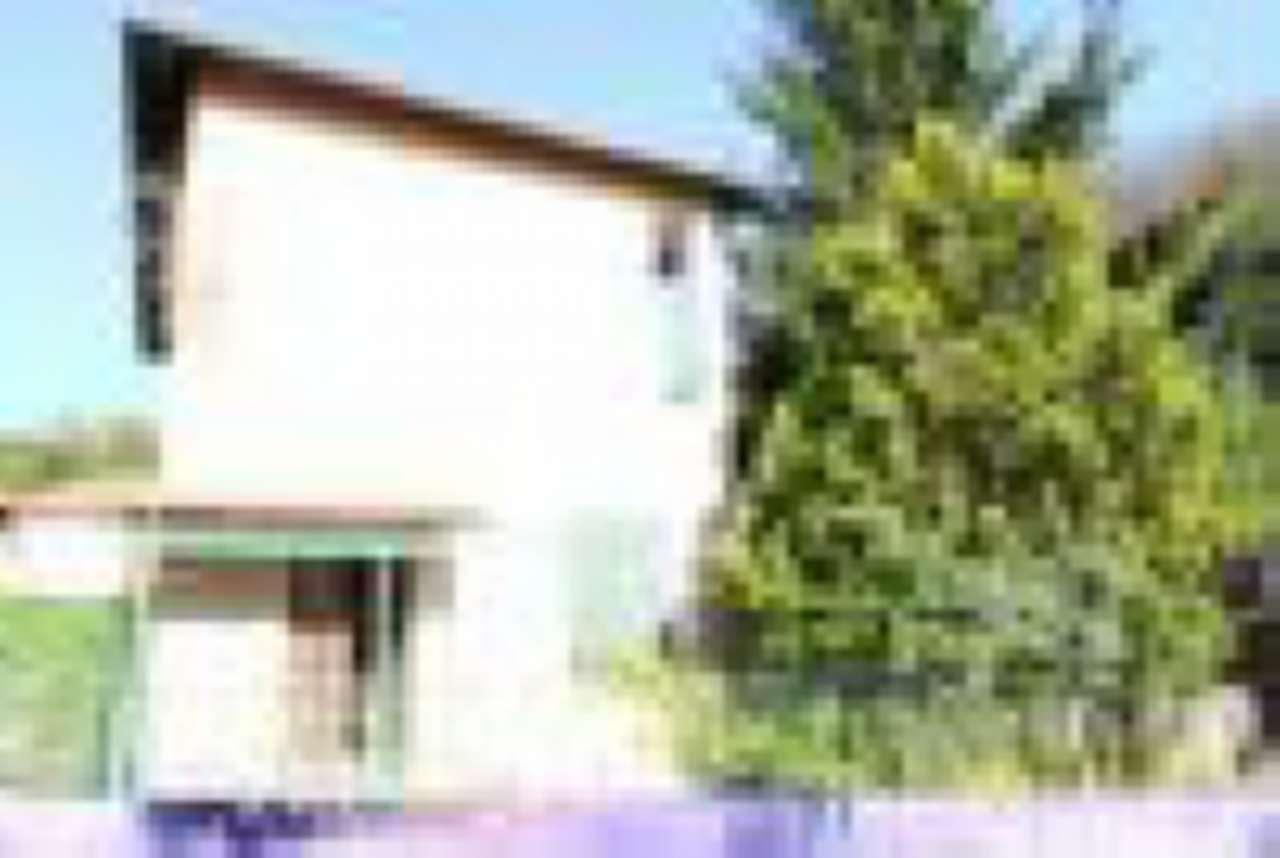 Soluzione Indipendente in vendita a Sant'Olcese, 6 locali, prezzo € 110.000 | CambioCasa.it