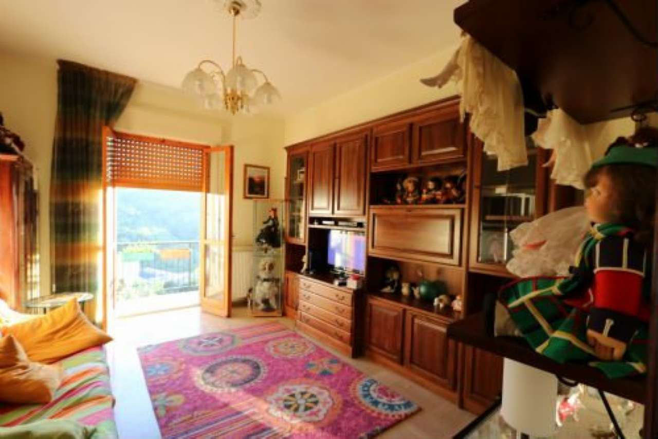 Foto 1 di Appartamento frazione Piccarello, Sant'olcese