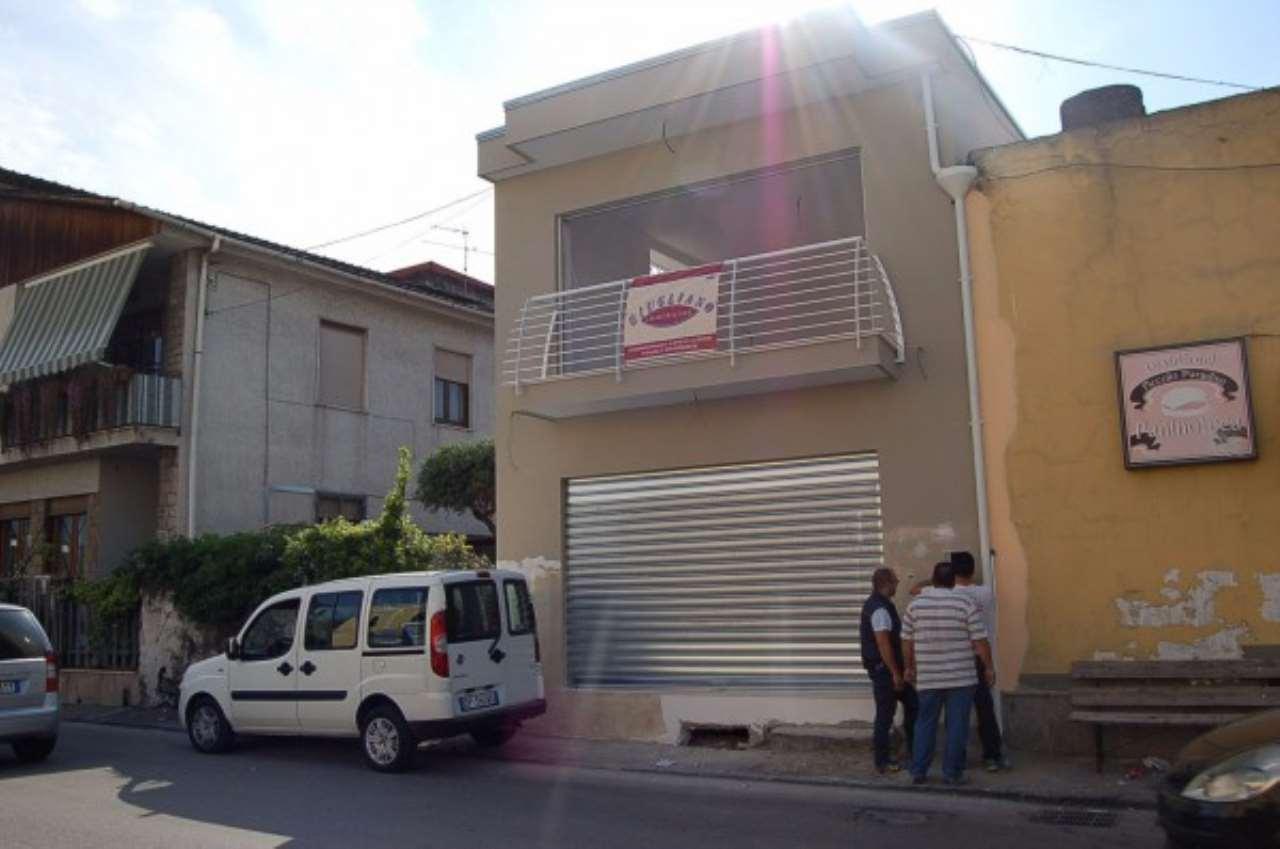 Negozio / Locale in vendita a Poggiomarino, 9999 locali, prezzo € 160.000 | CambioCasa.it