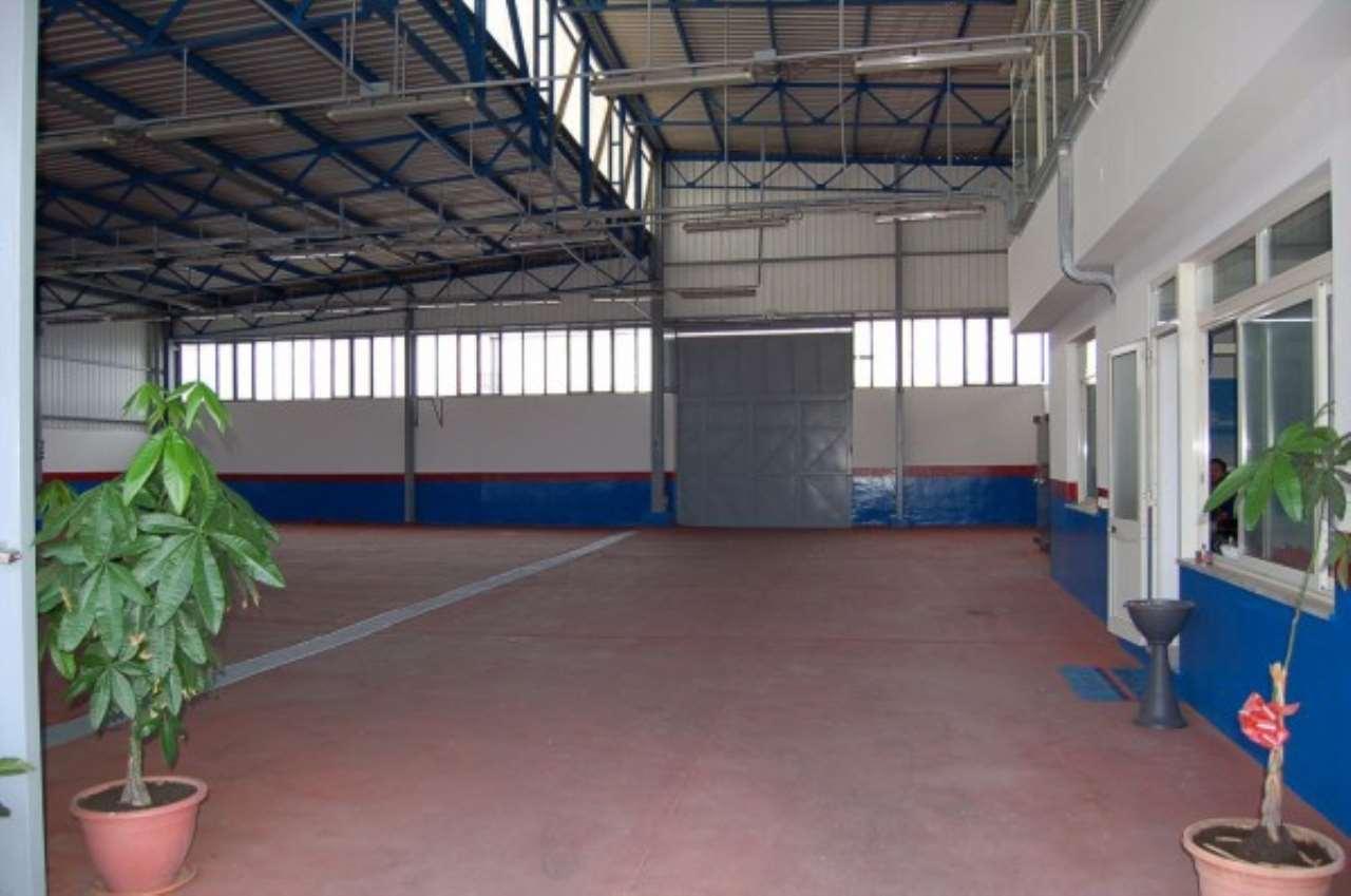 Capannone in vendita a Striano, 9999 locali, prezzo € 700.000 | Cambio Casa.it