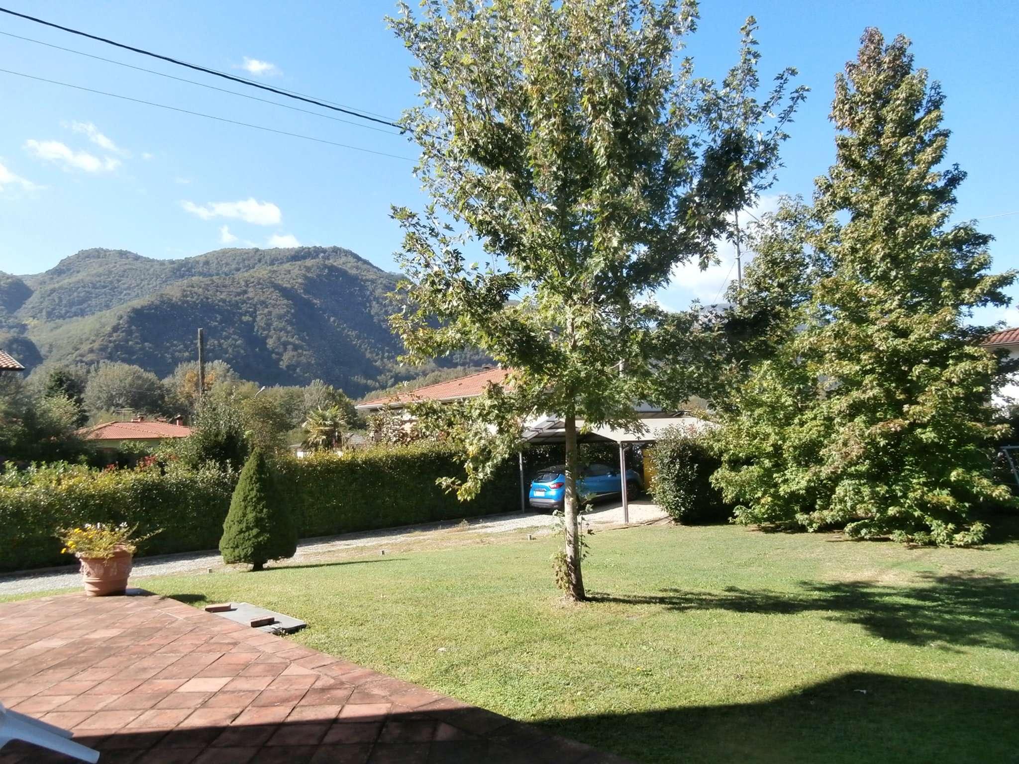 Villa in vendita a Coreglia Antelminelli, 10 locali, prezzo € 270.000 | CambioCasa.it