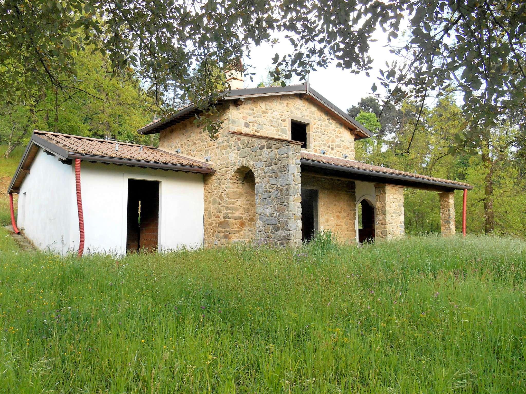 Rustico / Casale in vendita a Coreglia Antelminelli, 7 locali, prezzo € 140.000 | CambioCasa.it