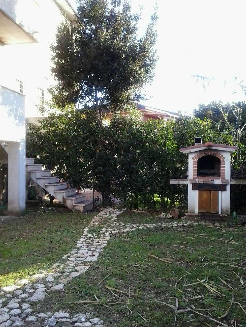 Soluzione Indipendente in vendita a Ardea, 4 locali, prezzo € 150.000   CambioCasa.it