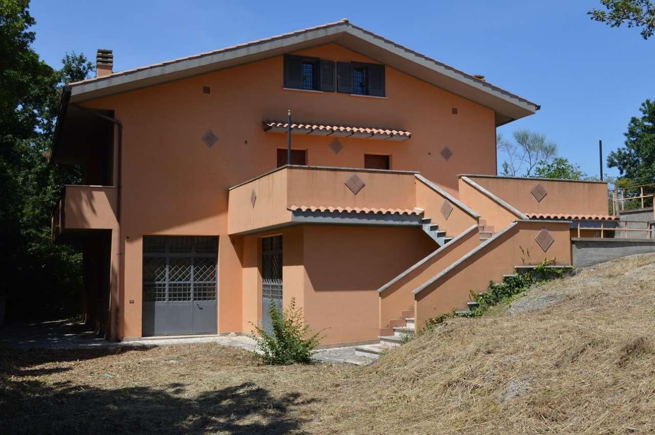 Villa in vendita a Aprilia (LT)