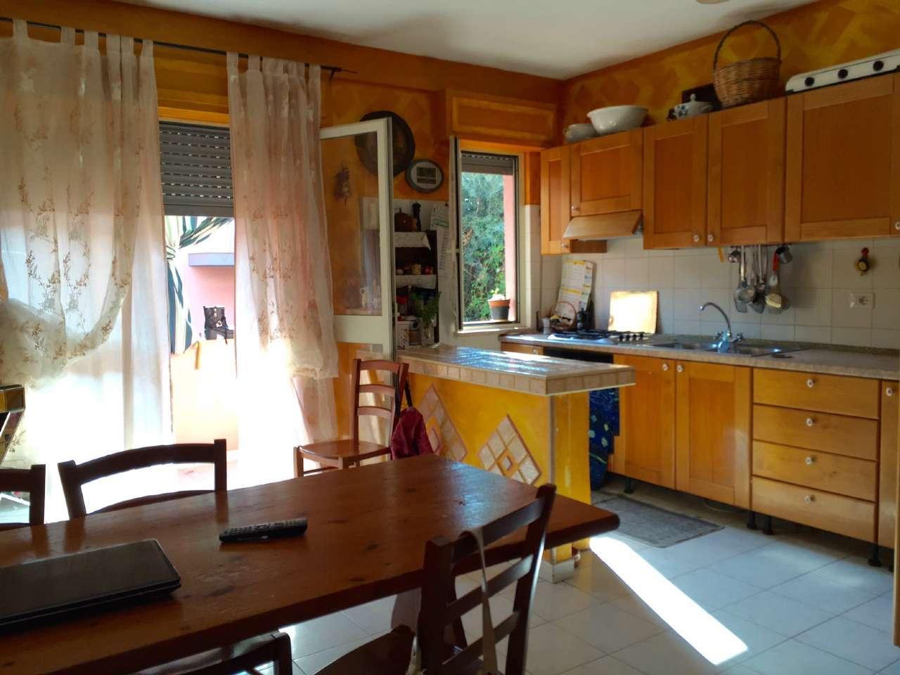 Appartamento in vendita a Sinnai, 5 locali, prezzo € 103.000 | CambioCasa.it