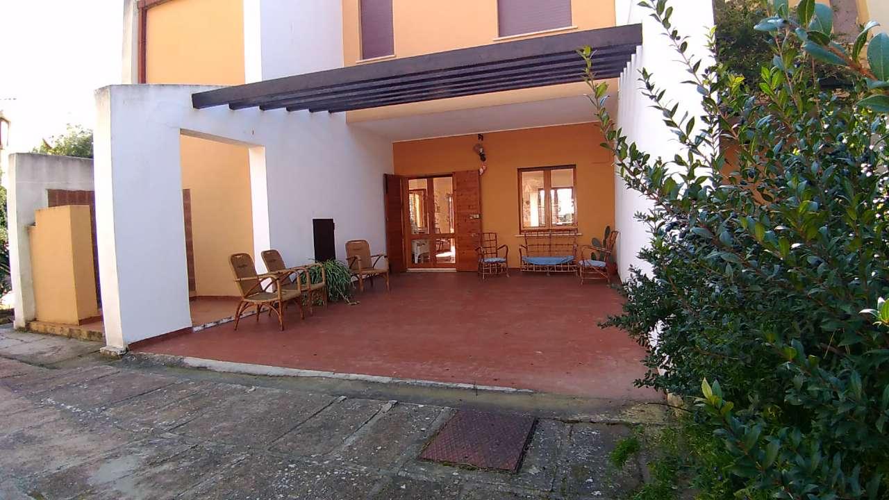 Foto 1 di Villa via Dei Gerani 3, Villasimius