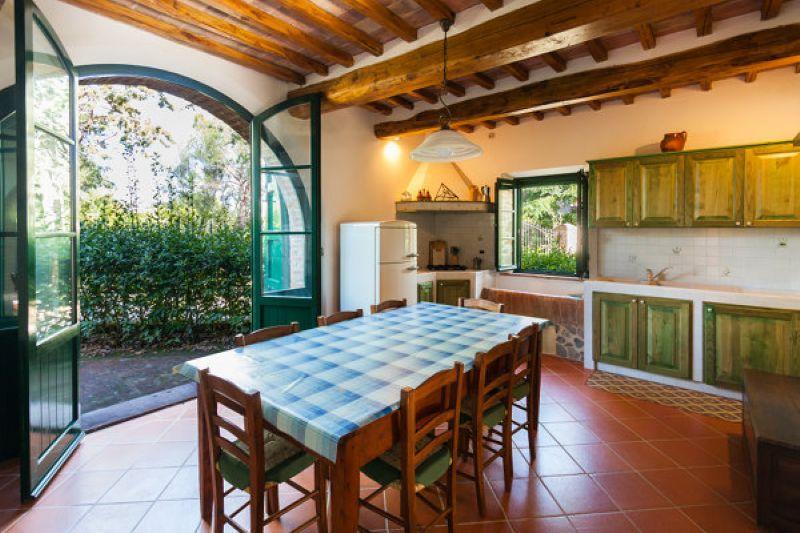 Former barn near casole d 39 elsa volterracasa en for Interni di casali ristrutturati