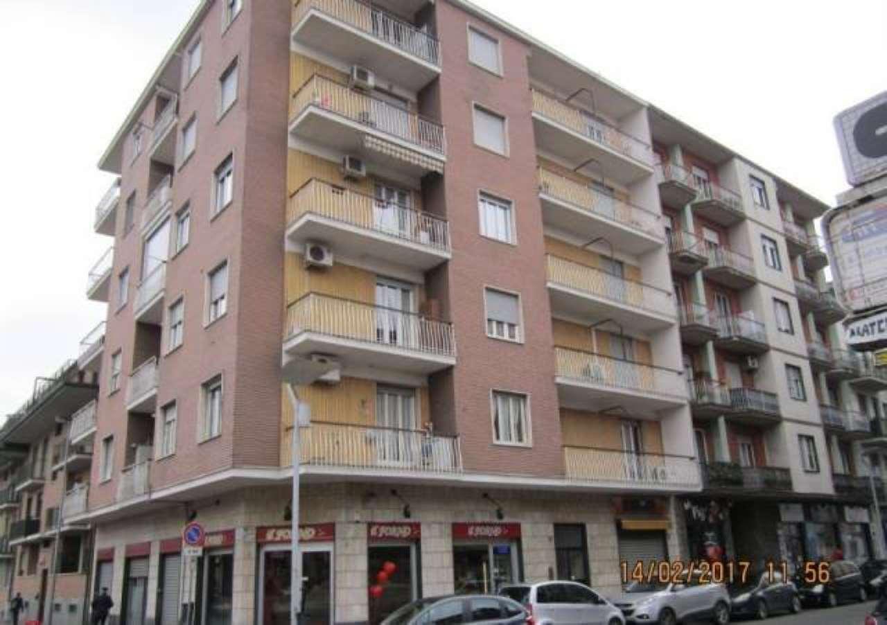 Appartamento in affitto a Nichelino, 2 locali, prezzo € 420 | Cambio Casa.it