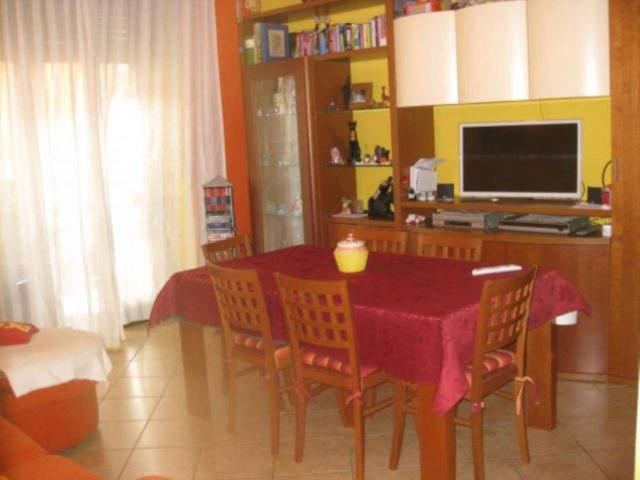 Appartamento in vendita a La Loggia, 2 locali, prezzo € 96.000 | CambioCasa.it