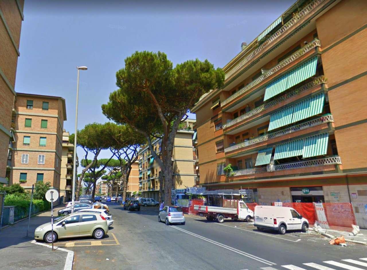 Appartamento in vendita 3 vani 95 mq.  via Piola Caselli Roma