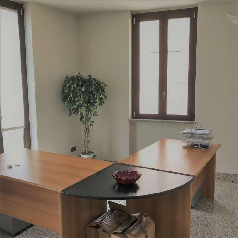 Ufficio / Studio in affitto a Nerviano, 4 locali, prezzo € 1.200 | Cambio Casa.it