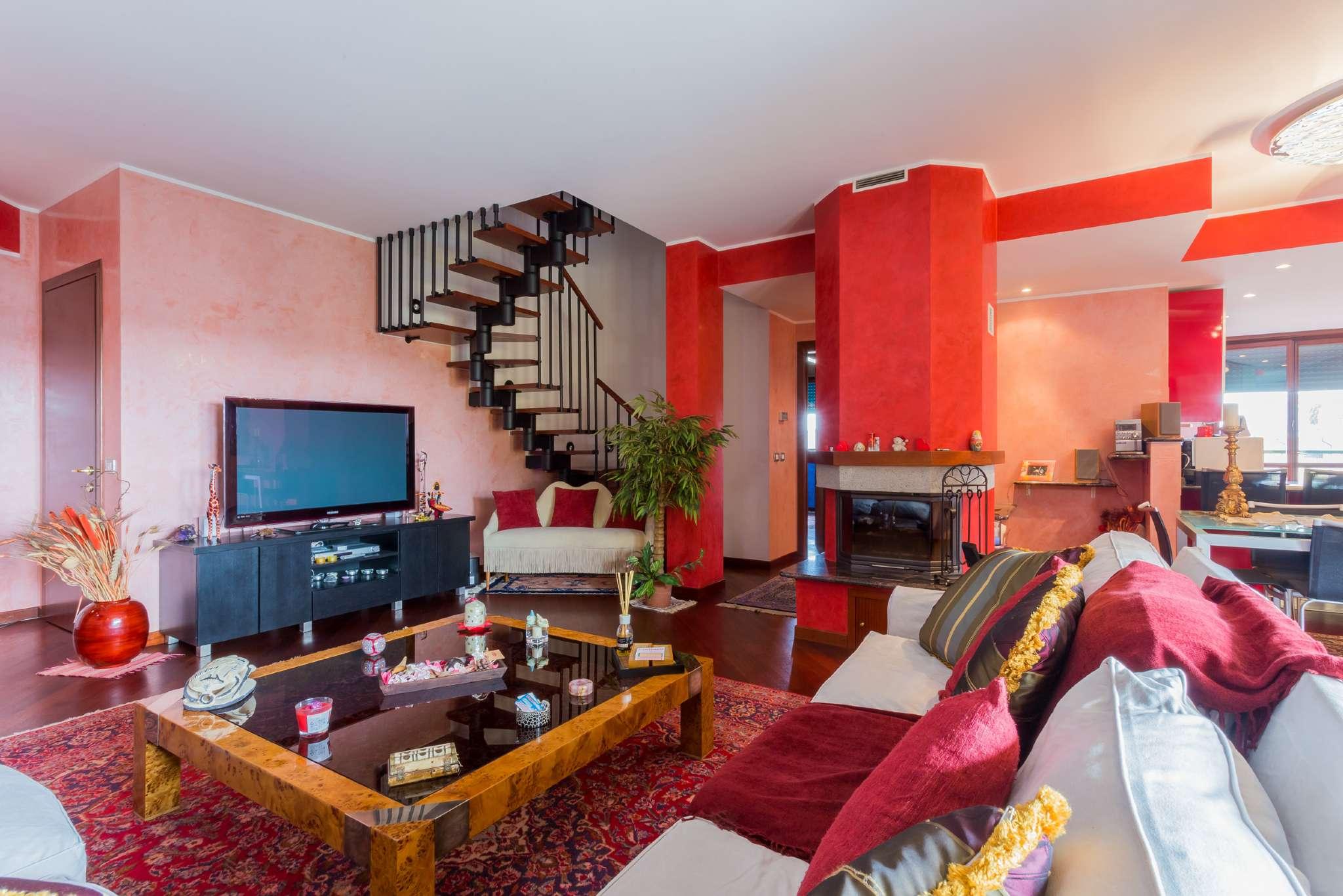 Attico / Mansarda in affitto a Vanzago, 5 locali, prezzo € 1.500 | Cambio Casa.it