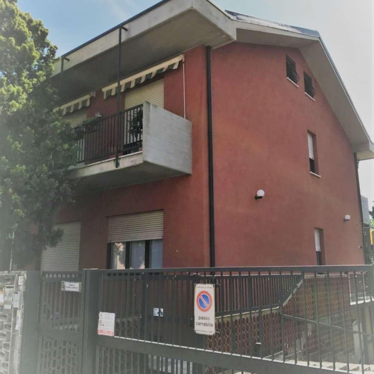 Ufficio / Studio in Affitto a Pero