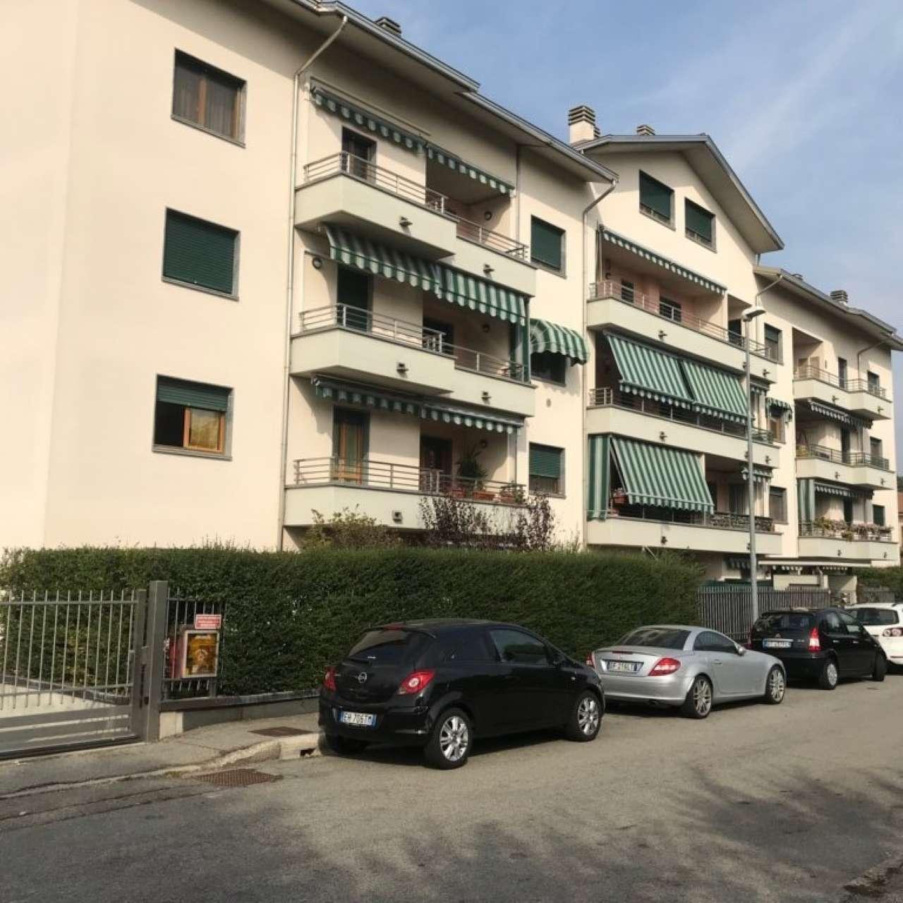 Appartamento in vendita a Vanzago, 3 locali, prezzo € 199.000   CambioCasa.it