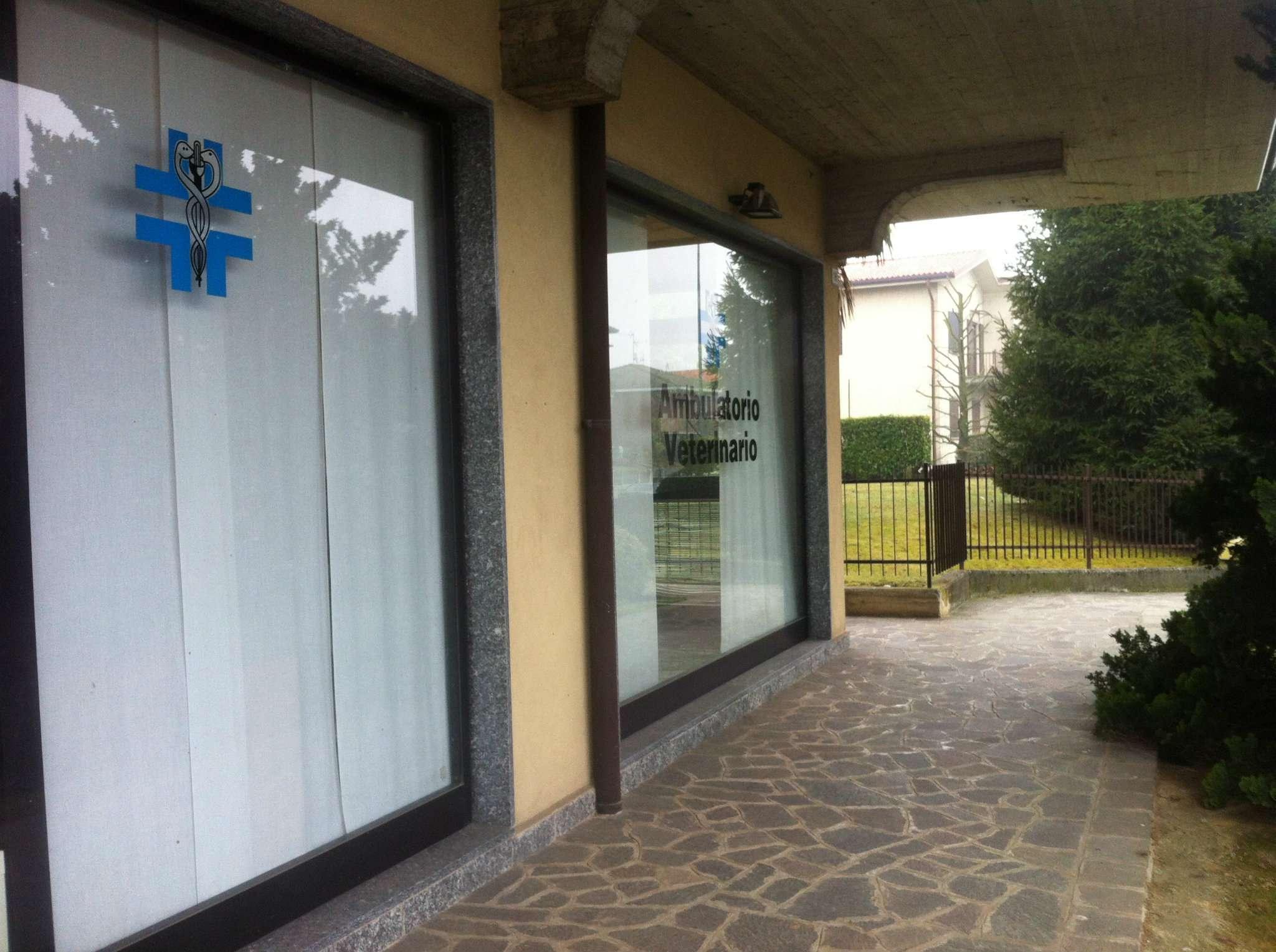 Negozio / Locale in affitto a Medolago, 1 locali, prezzo € 500 | CambioCasa.it