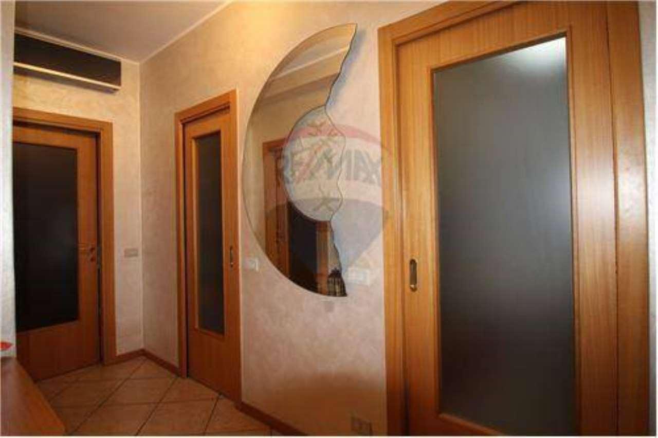 Appartamento in vendita a Pontida, 3 locali, prezzo € 90.000   CambioCasa.it