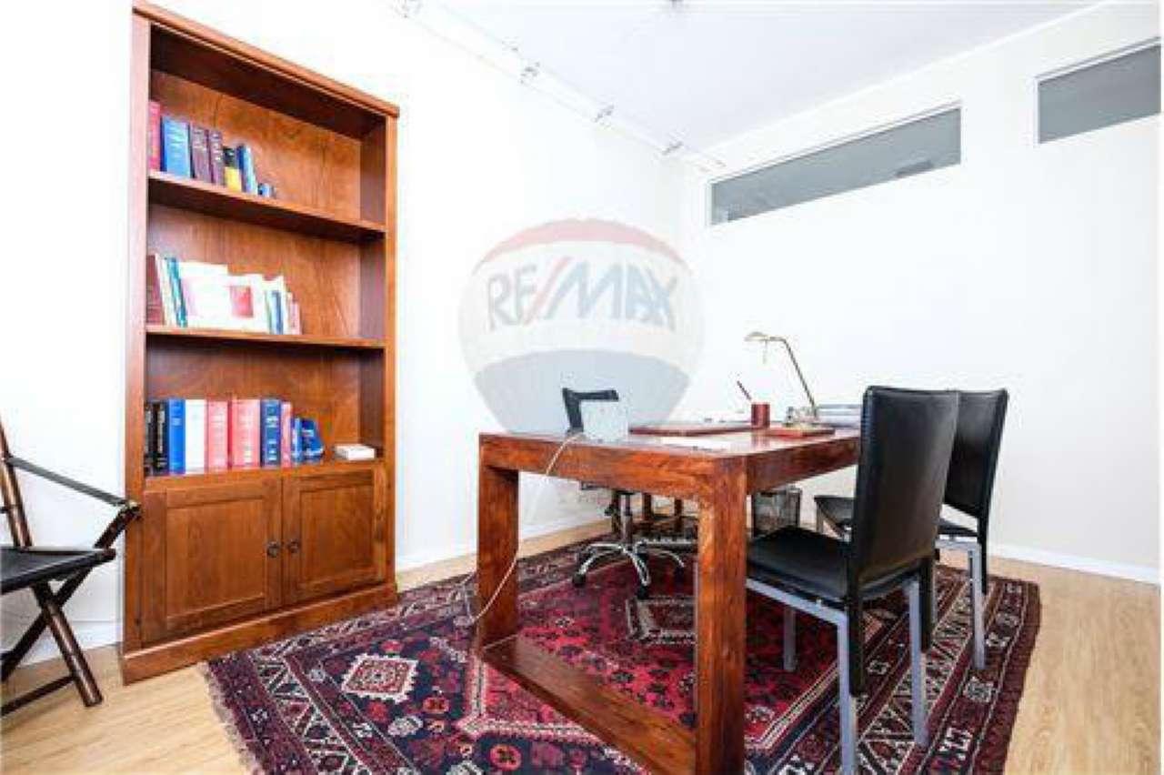 Ufficio / Studio in vendita a Madone, 1 locali, prezzo € 400 | CambioCasa.it