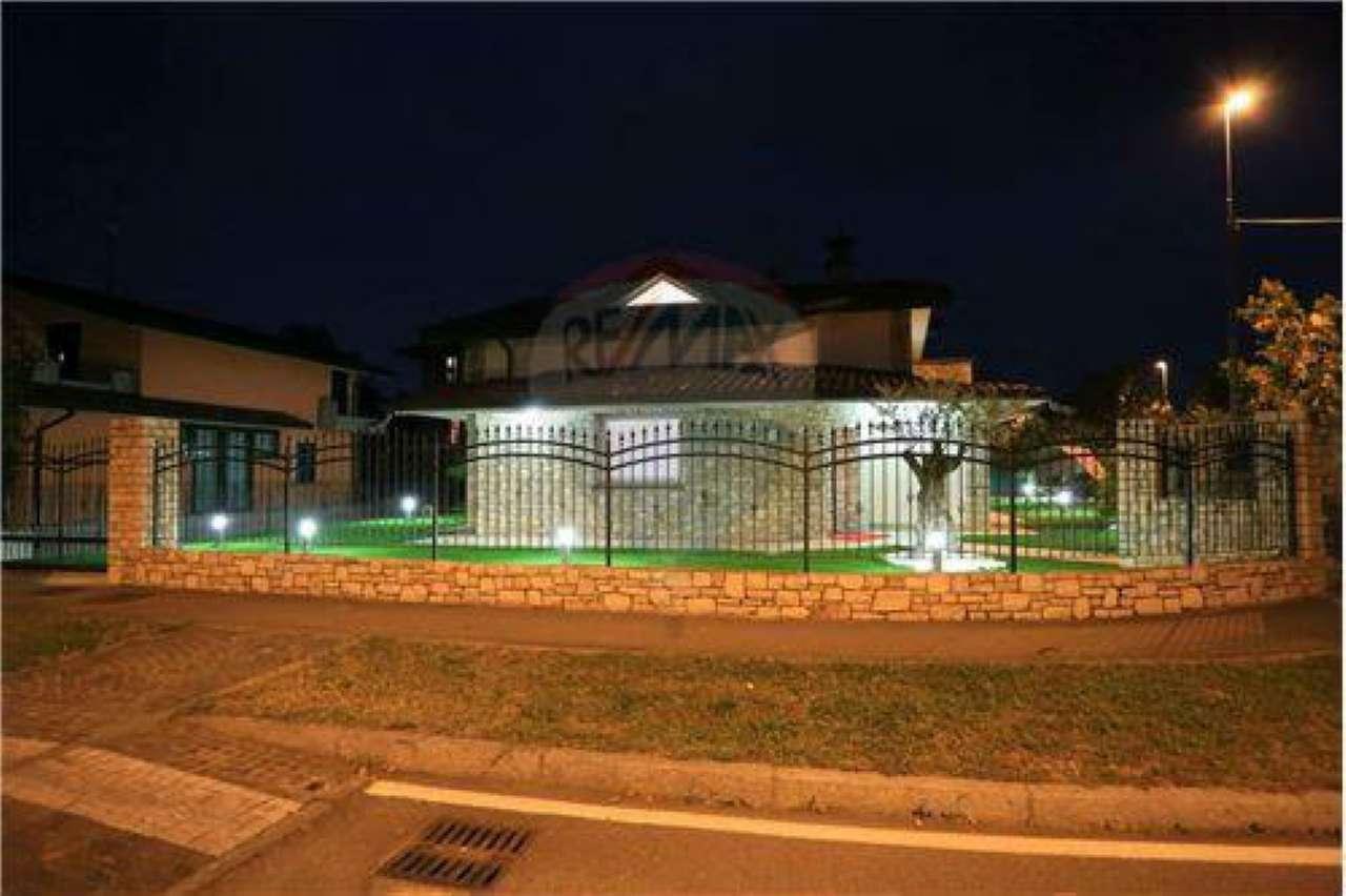 Villa in Vendita a Urgnano