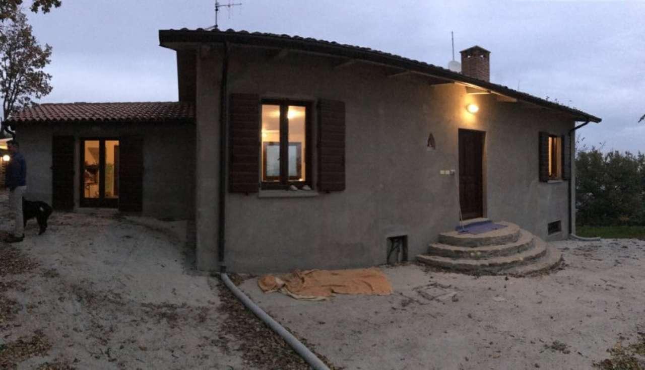Soluzione Indipendente in vendita a Cesena, 5 locali, Trattative riservate   CambioCasa.it