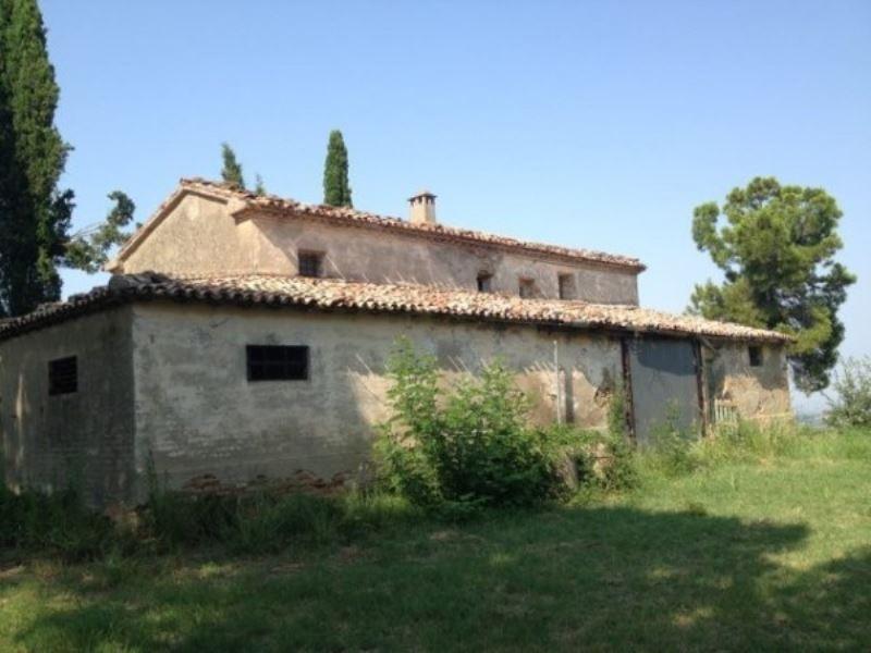 Rustico / Casale in vendita a Cesena, 6 locali, prezzo € 370.000 | CambioCasa.it