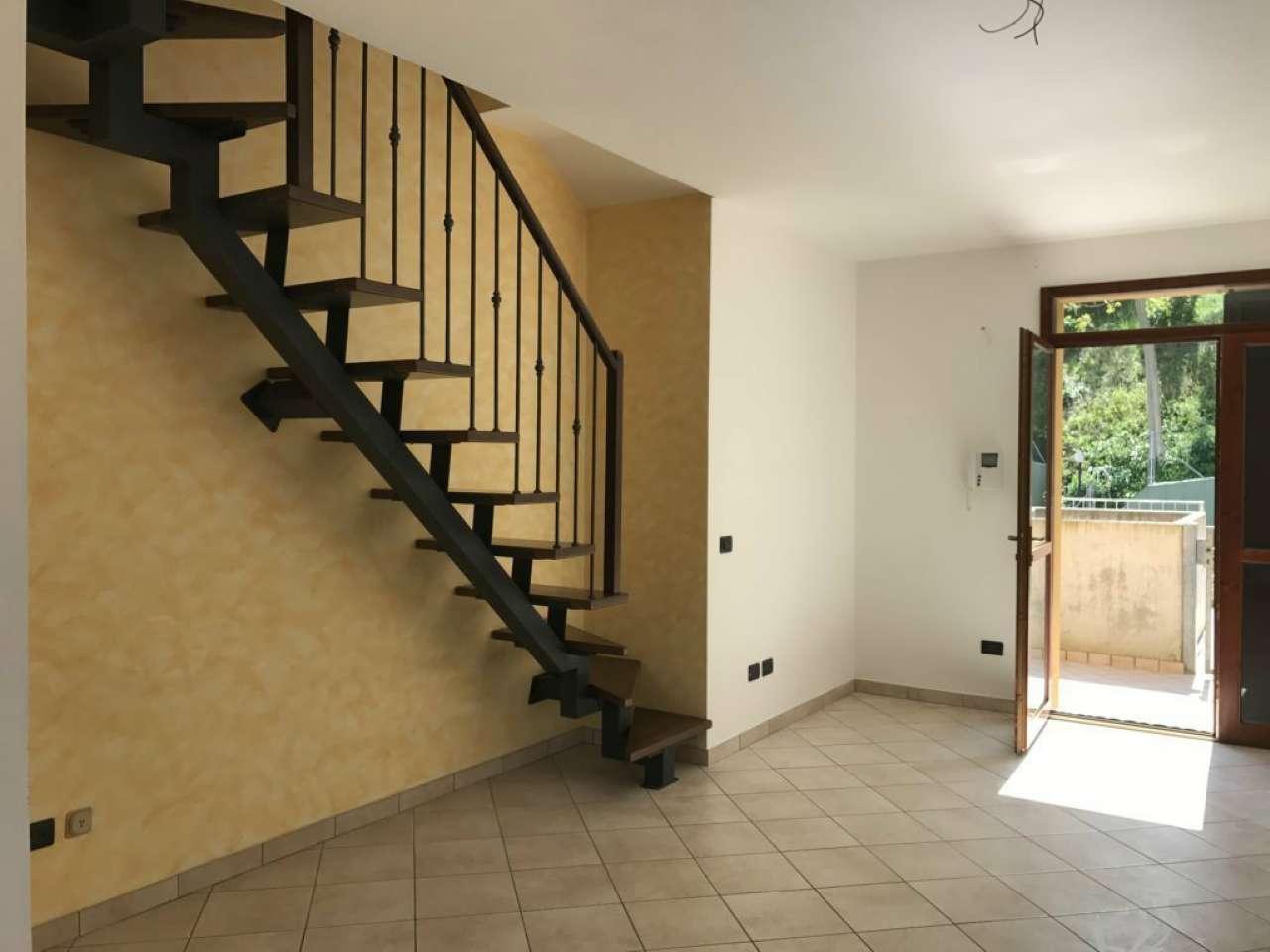 Appartamento in vendita a Cesena, 5 locali, prezzo € 82.000 | CambioCasa.it