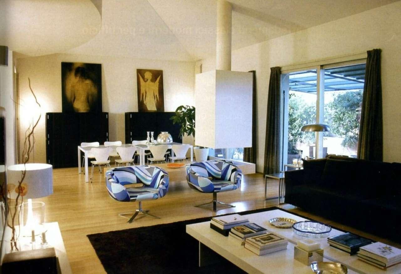 Appartamento in vendita a Cesena, 11 locali, prezzo € 750.000 | CambioCasa.it