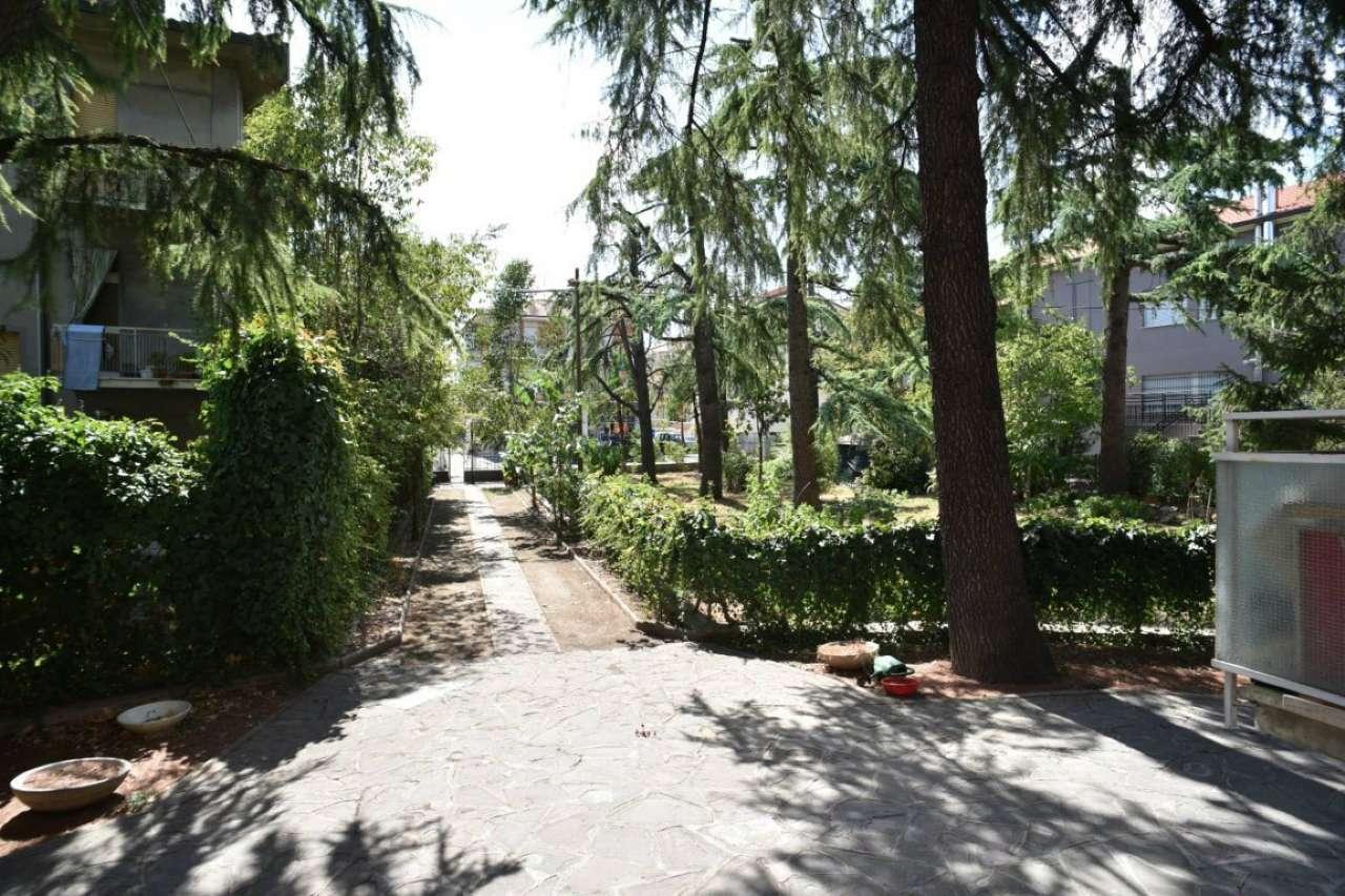 Appartamento in vendita a Cesena, 8 locali, prezzo € 220.000 | CambioCasa.it