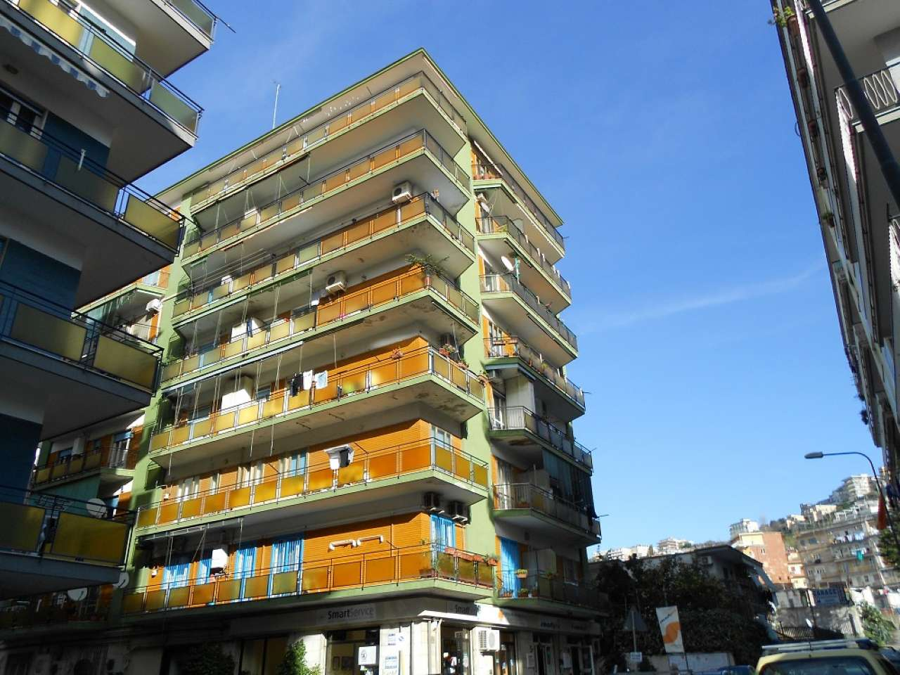 Appartamento in vendita 3 vani 110 mq.  via Caravglios  51 Napoli
