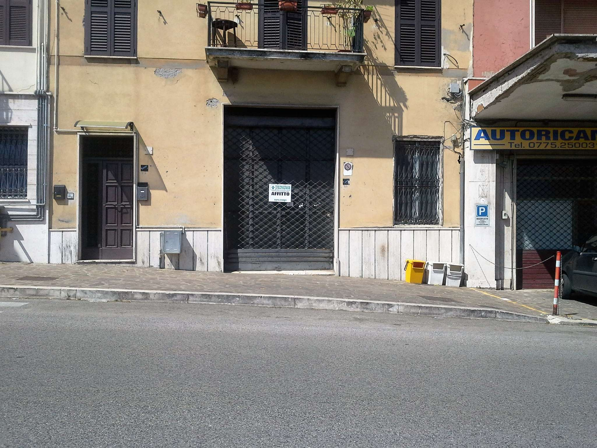 Negozio / Locale in affitto a Frosinone, 1 locali, prezzo € 350 | CambioCasa.it