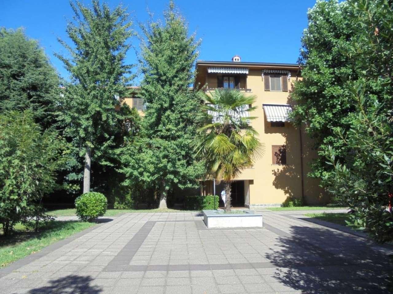 Appartamento in vendita a Vittuone, 4 locali, prezzo € 195.000 | CambioCasa.it