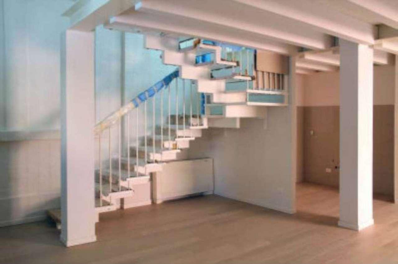 Loft / Openspace in vendita a Bologna, 4 locali, zona Zona: 5 . Massarenti, prezzo € 550.000 | Cambio Casa.it