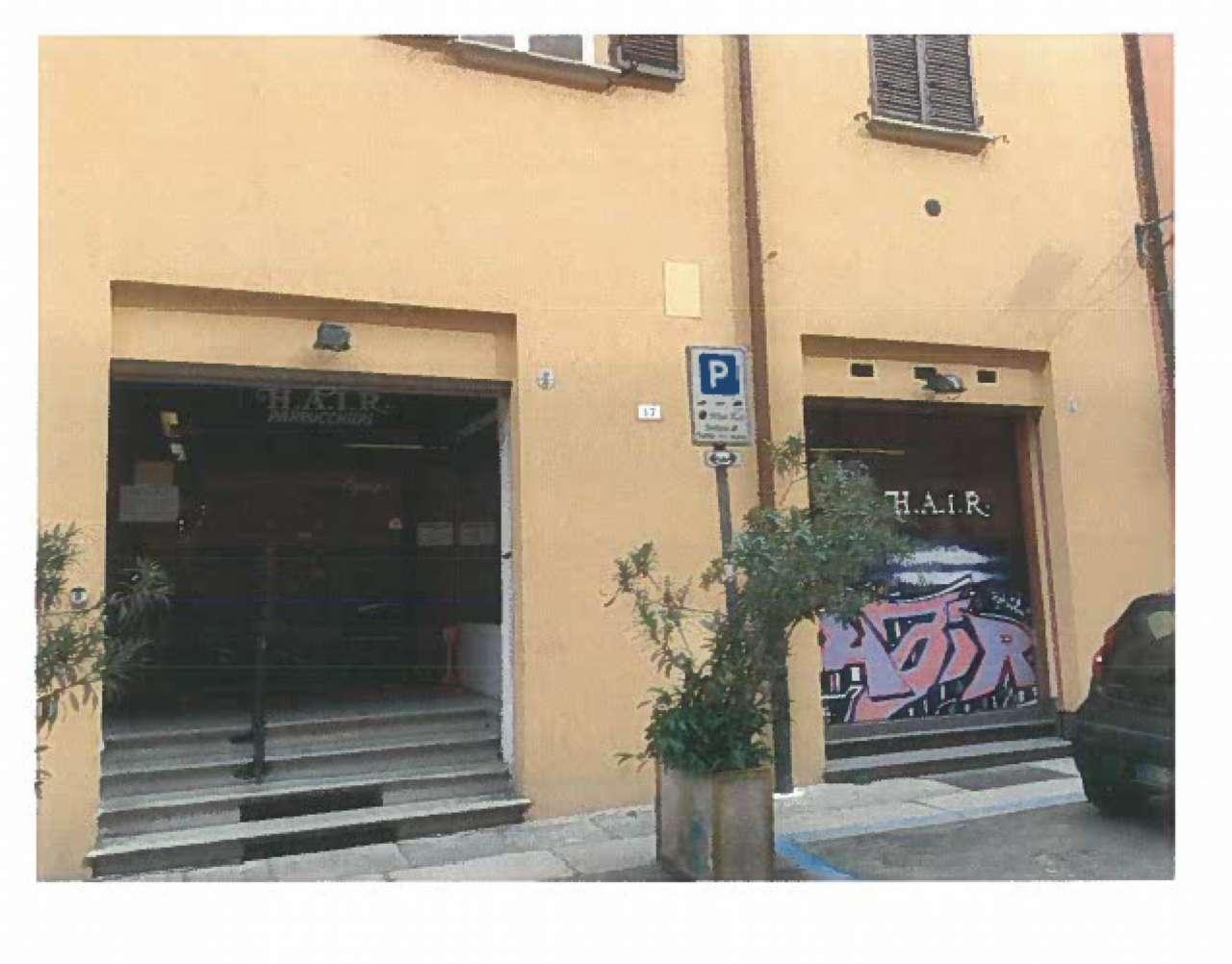 Negozio / Locale in affitto a Bologna, 1 locali, zona Zona: 1 . Centro Storico, prezzo € 2.600 | CambioCasa.it