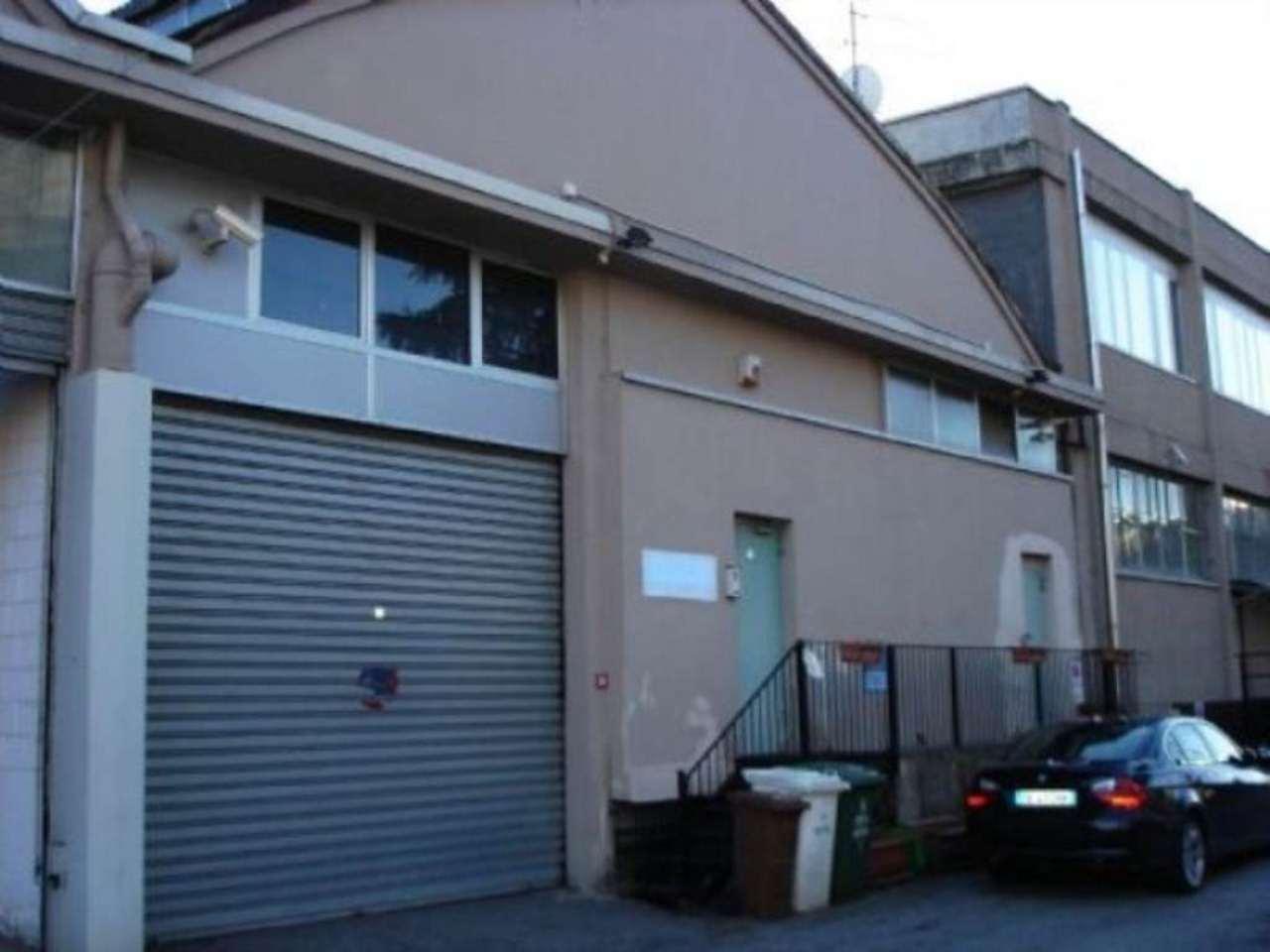 Capannone in vendita a Cinisello Balsamo, 1 locali, prezzo € 350.000 | CambioCasa.it