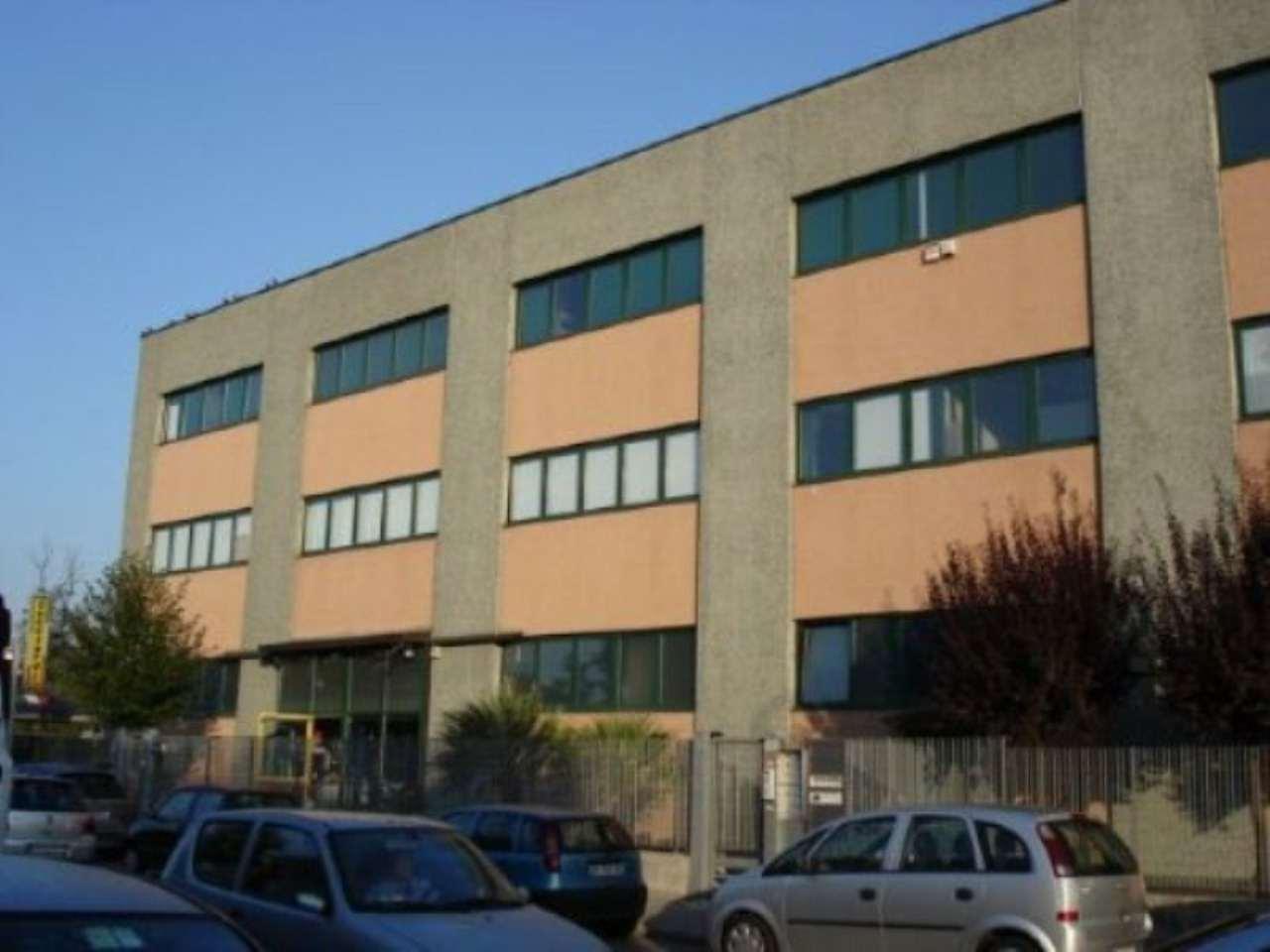 Laboratorio in vendita a Cormano, 9999 locali, prezzo € 550.000 | CambioCasa.it