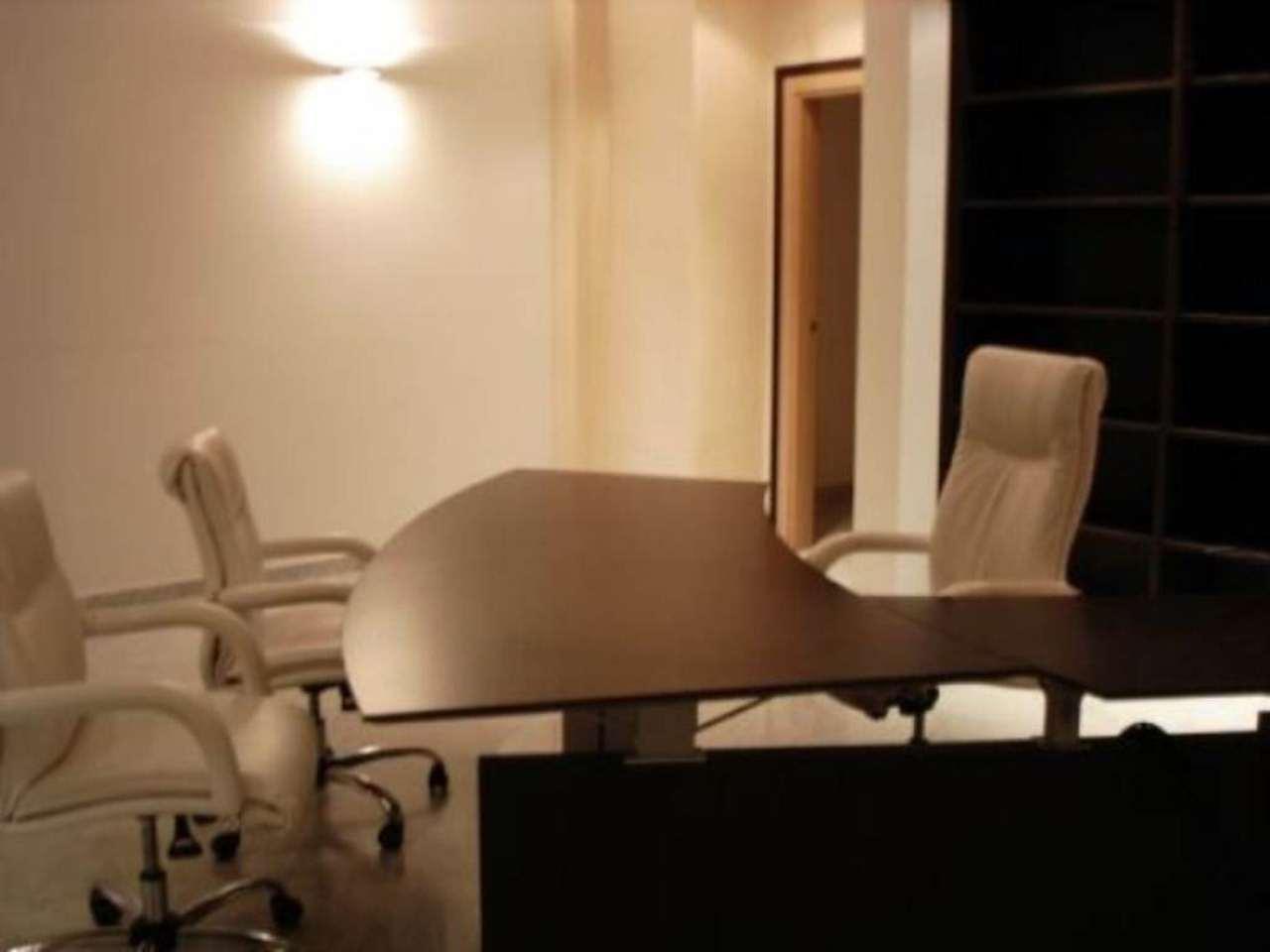 Ufficio / Studio in affitto a Cusano Milanino, 6 locali, prezzo € 3.000   CambioCasa.it