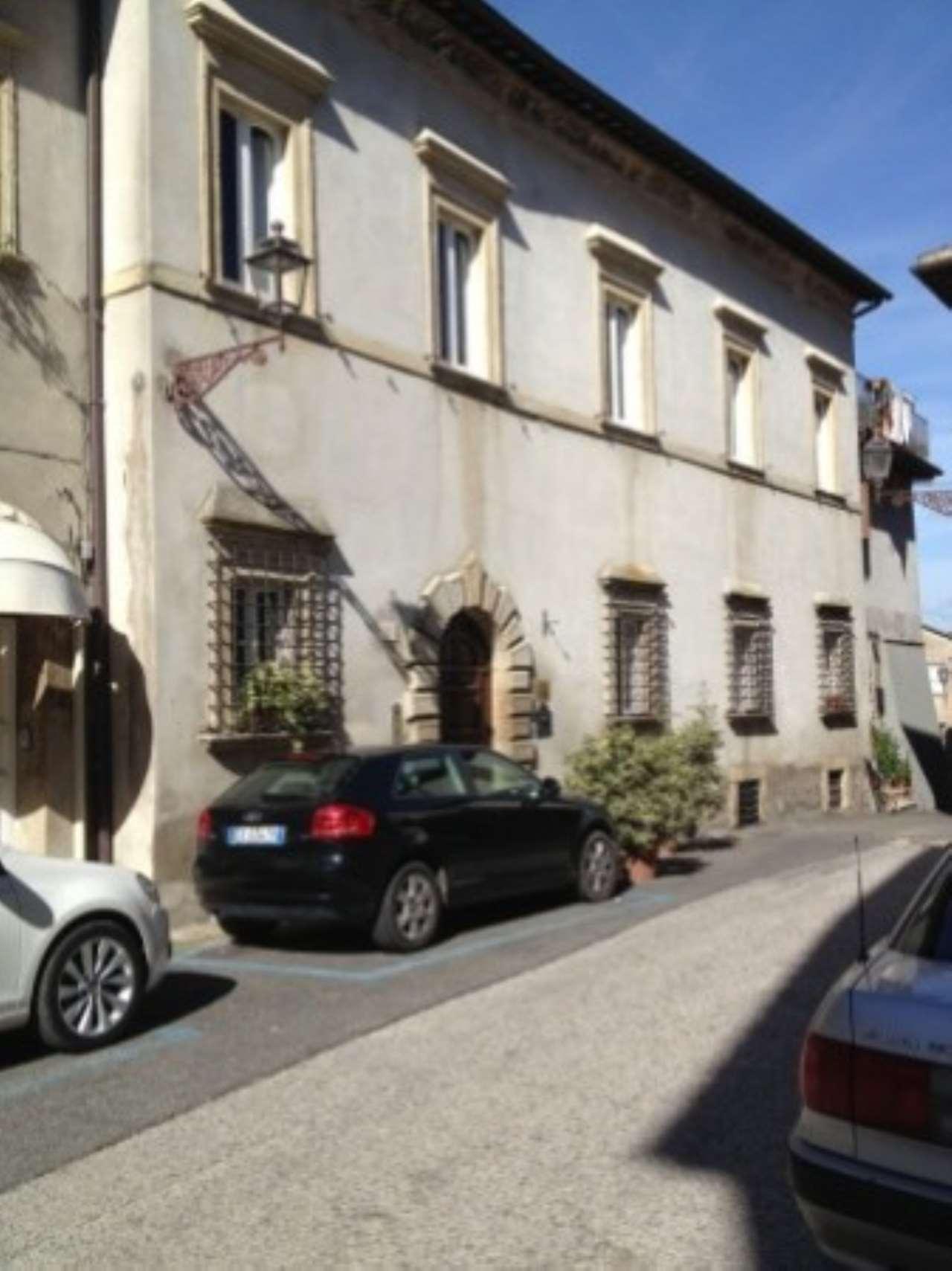 Palazzo / Stabile in vendita a Magliano Sabina, 6 locali, prezzo € 1.650.000 | CambioCasa.it