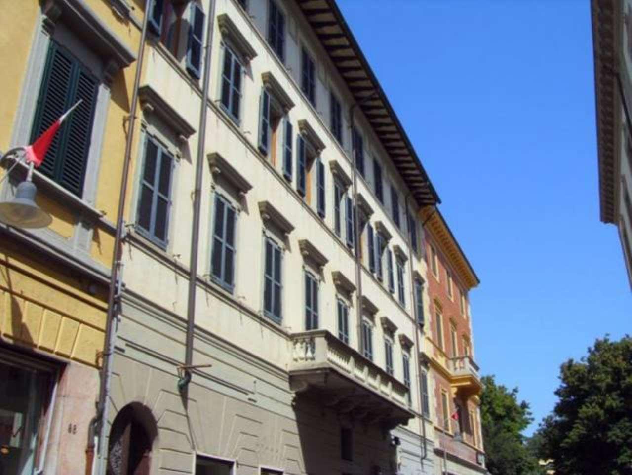 Palazzo / Stabile in vendita a Grosseto, 6 locali, Trattative riservate | CambioCasa.it