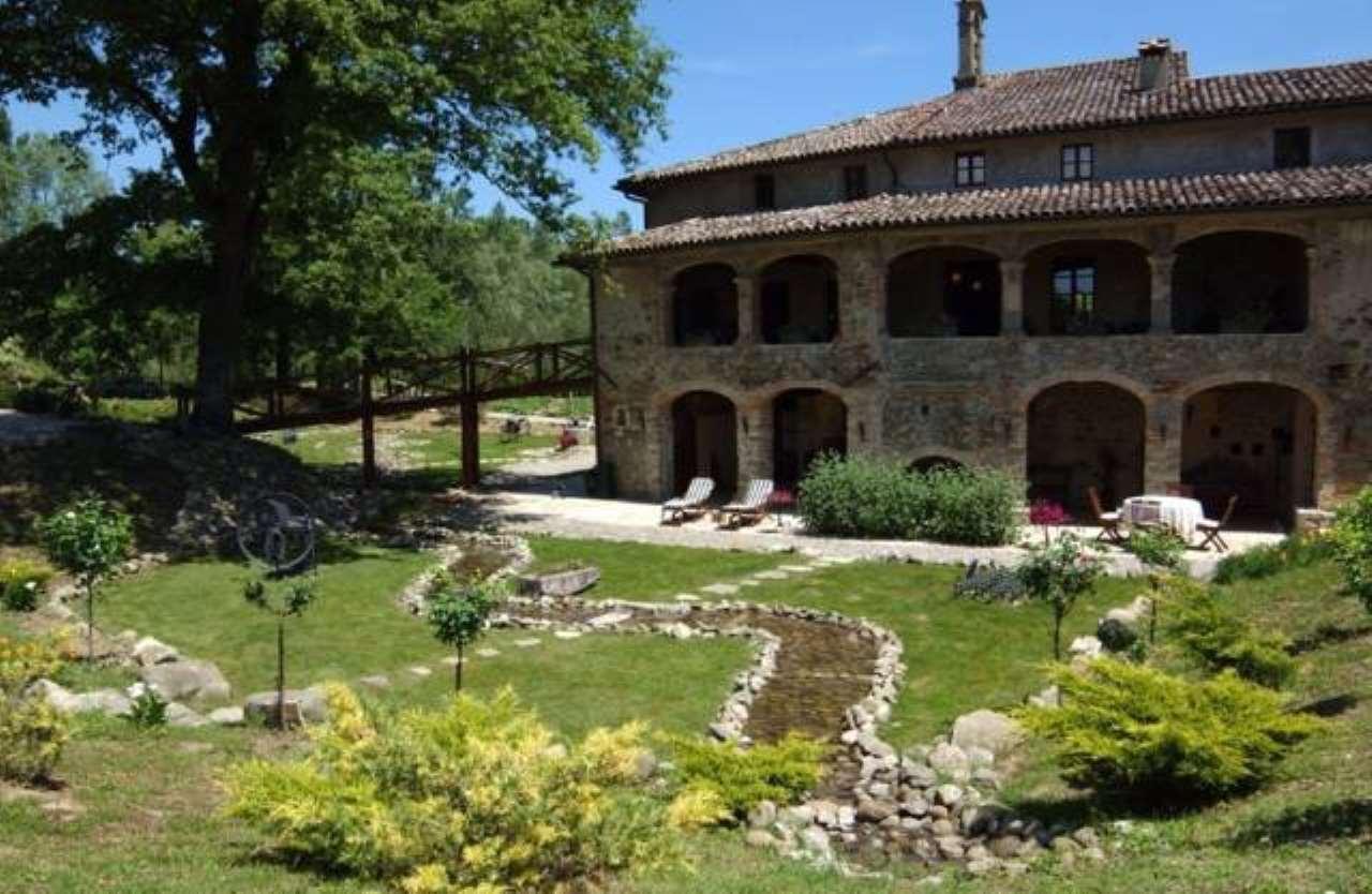 Palazzo / Stabile in vendita a Umbertide, 6 locali, Trattative riservate | CambioCasa.it