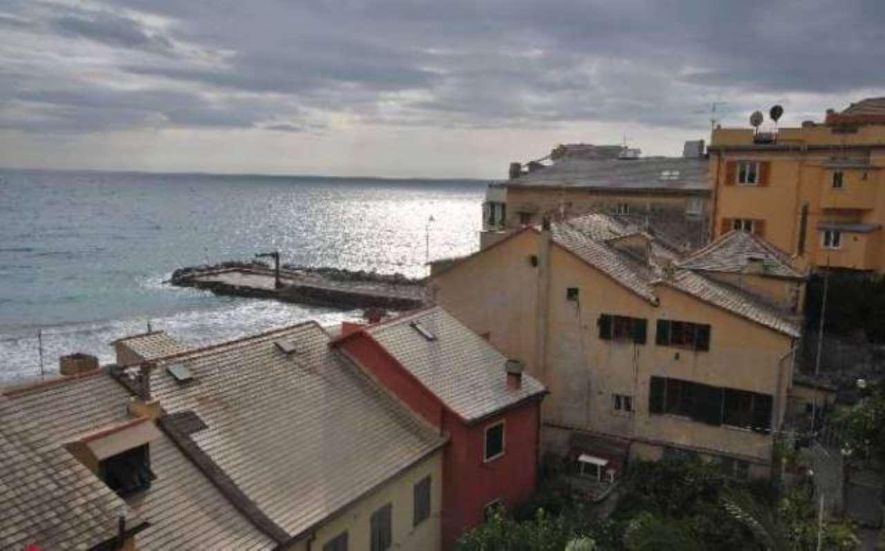 Appartamento in vendita a Bogliasco, 6 locali, prezzo € 590.000 | CambioCasa.it