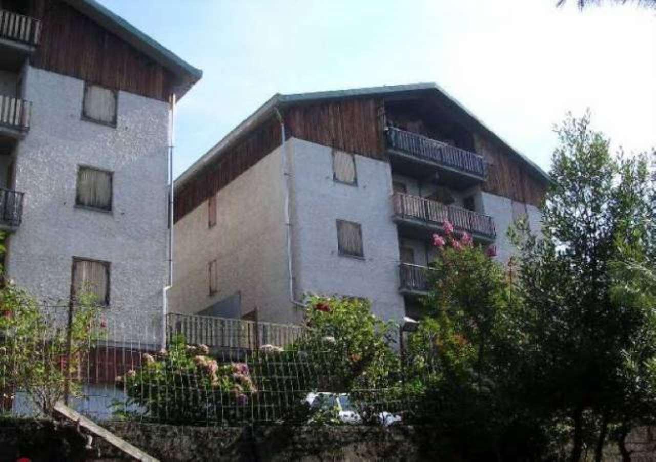 Appartamento in vendita a Roburent, 6 locali, prezzo € 70.000 | CambioCasa.it