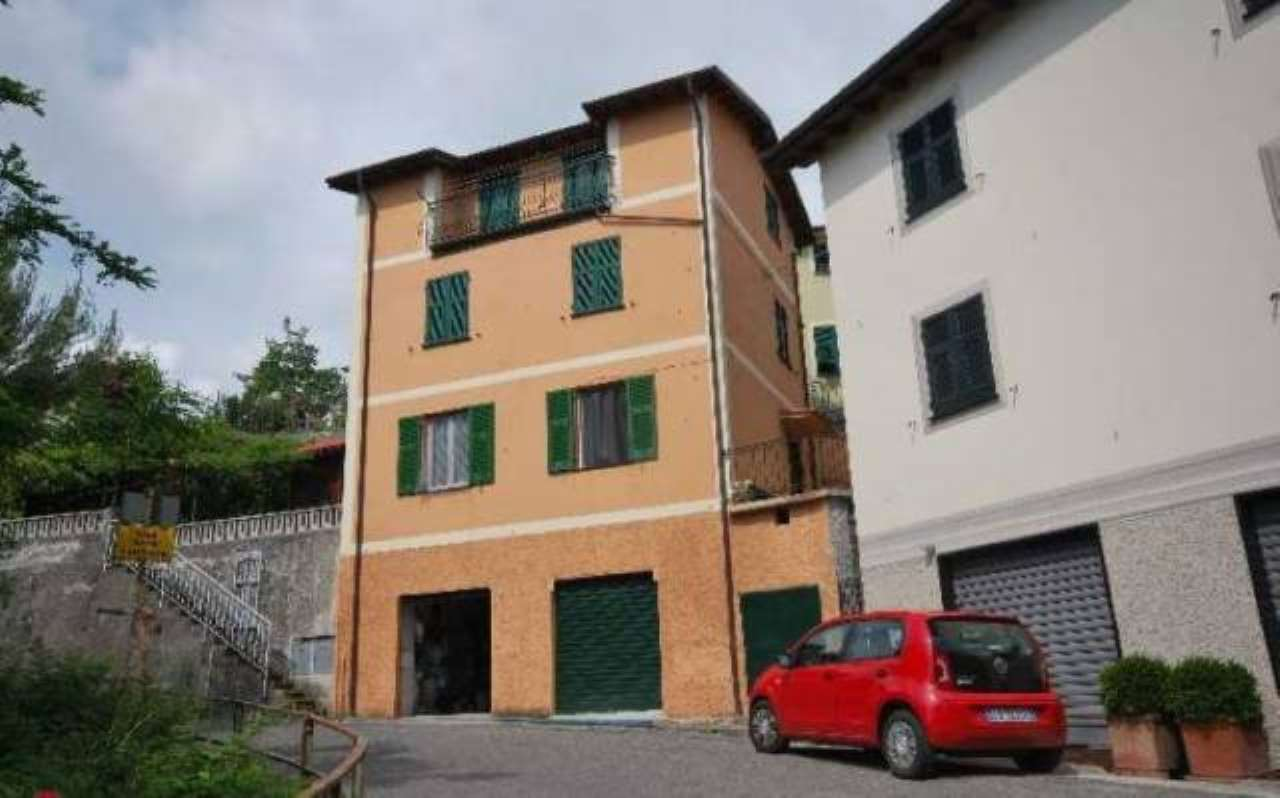 Appartamento in vendita a Davagna, 5 locali, prezzo € 135.000 | CambioCasa.it