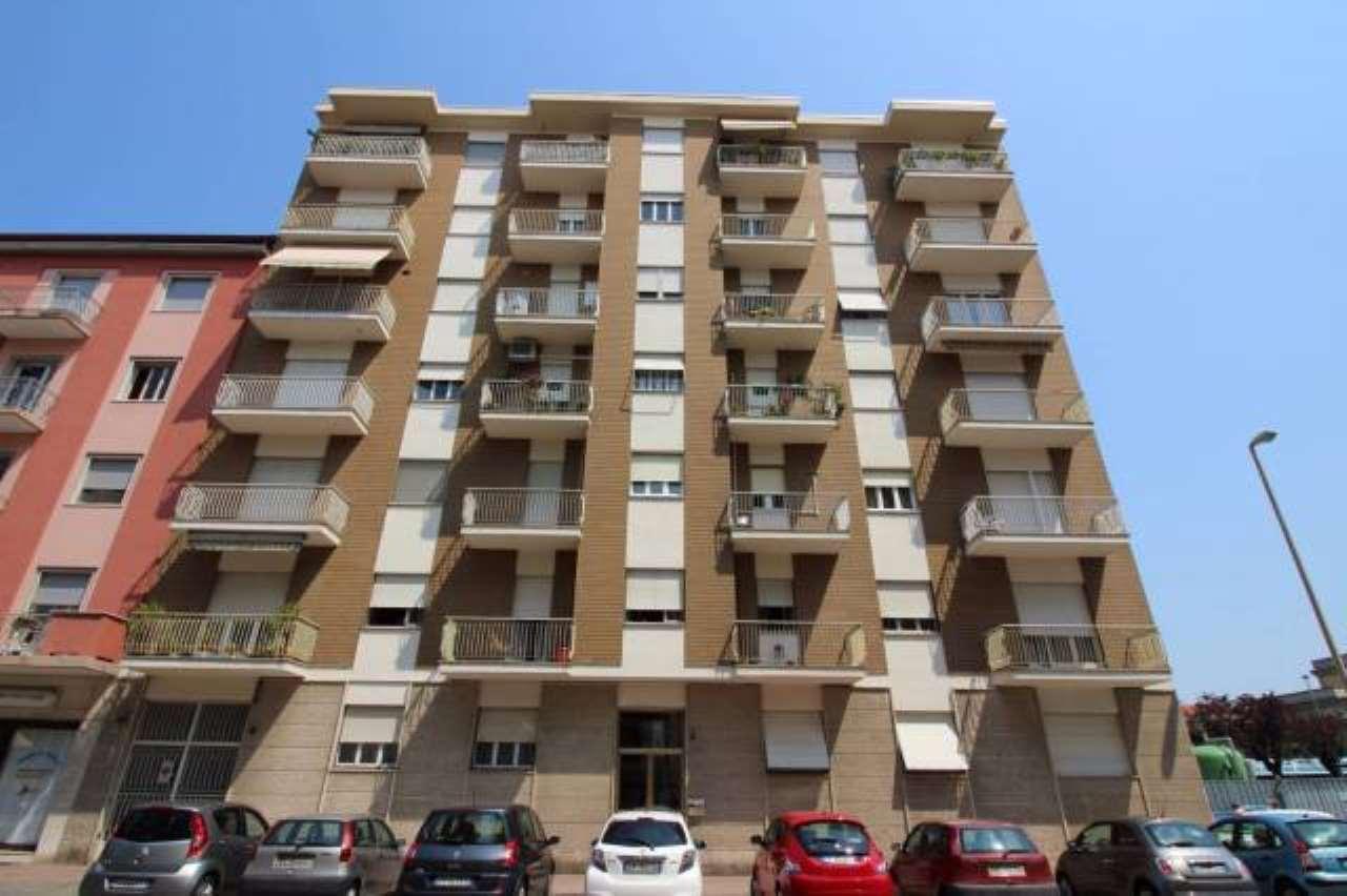 Appartamento in affitto a Vercelli, 6 locali, prezzo € 550 | CambioCasa.it
